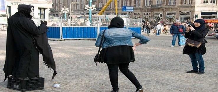 Hulpverleners maken zich zorgen om groep Marokkaanse meisjes met gedragsproblemen