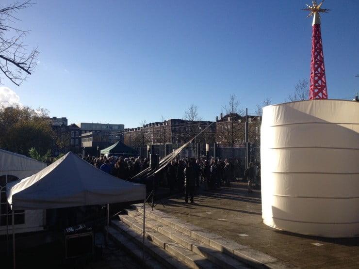 Onthulling Monument Gastarbeider blijkt grote buurtfeest
