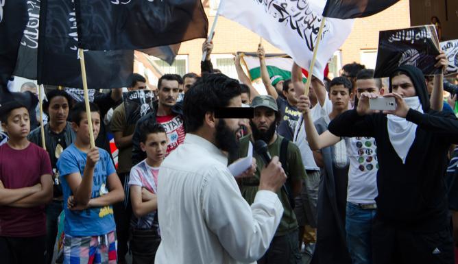 """Jihadverdachte Abou Moessa: """"Geweld en haat zijn niet de oplossing"""""""