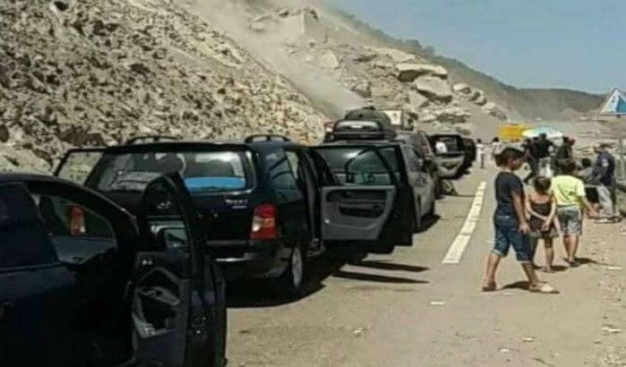 Steenval op weg Tetouan-Al Hoceima