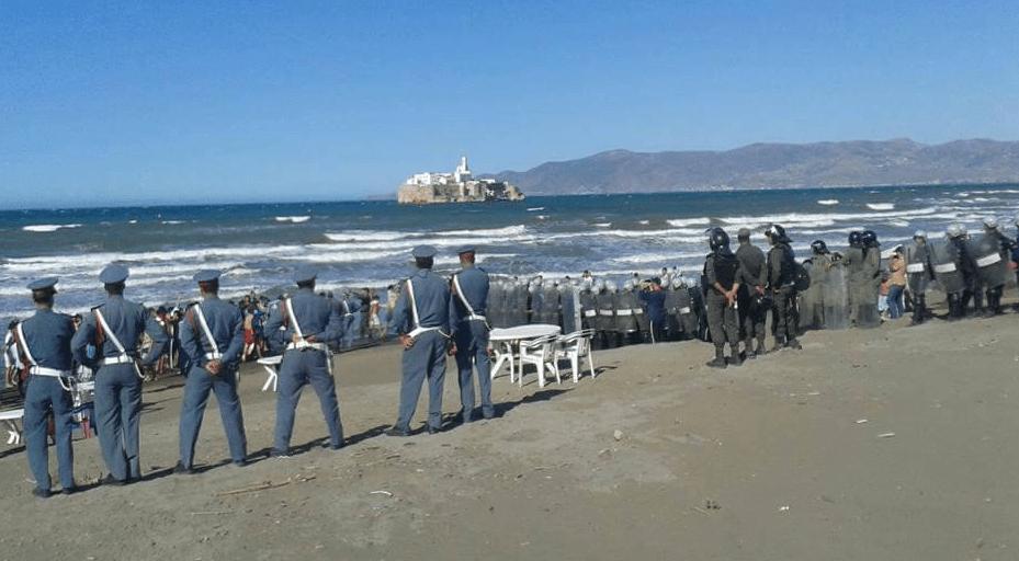 Gendarmes tijdens een demonstratie in de Rif2017