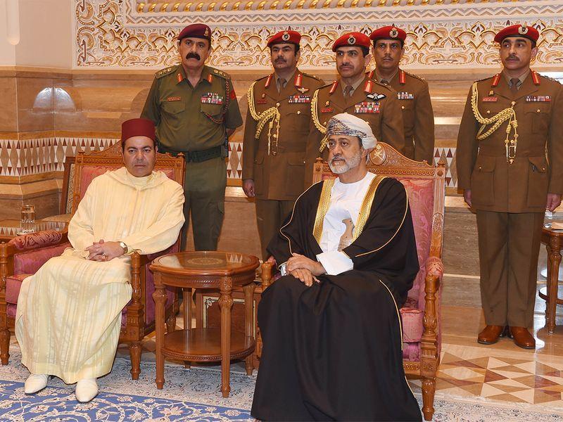 Waarom de misbruik  koning de begrafenis van Sultan Qaboos in Oman niet bijwoonde