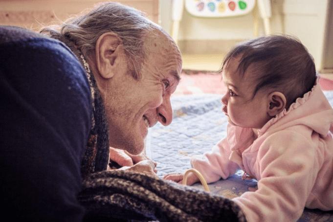 Zwitserse miljonair doneert € 2 miljoen aan dakloze kinderen in Marokko