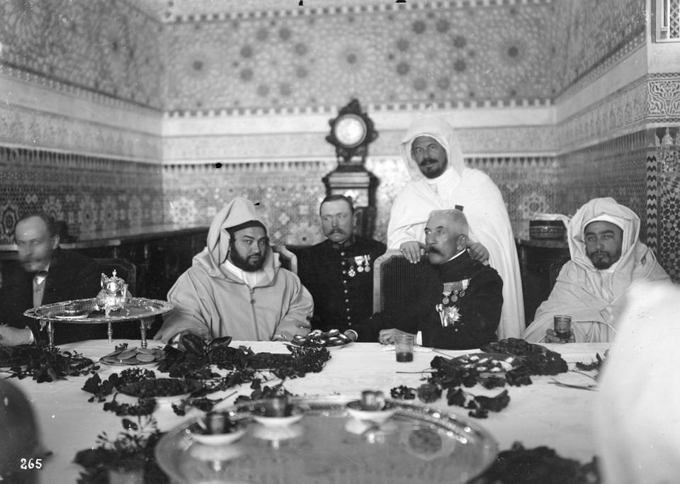 Hoe Frankrijk de Noord-Afrikaanse etnische rivaliteit ontwikkelde tot verdere kolonisatie